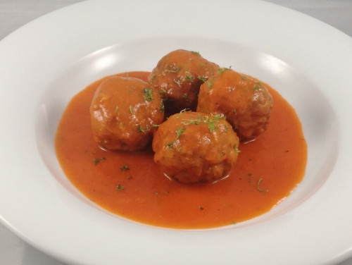 MEATBALLS IN TOMATOSAUCE